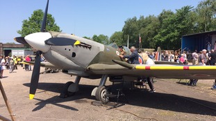 Great Central Railway remembers WW2 with Spitfire display