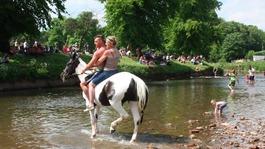 Thousands head to Appleby Horse Fair
