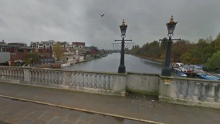 Heroic pair commandeer dinghy to rescue woman drowning in Thames