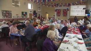 The West celebrates the Queen's 90th birthday