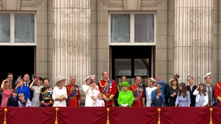 The Royal Family gathered on the balcony