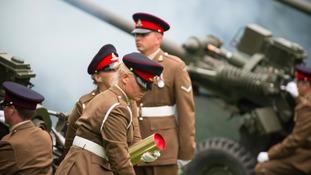 Geordie Gunners salute Queen's 90th birthday in York