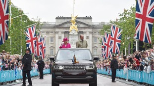 10,000 brave weather to attend Queen's birthday street party on The Mall