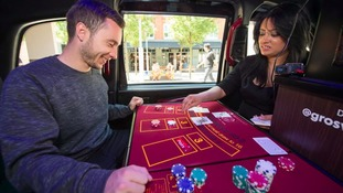 The London cab boasts a gaming table, dealer, internet gambling facilities and a bar.