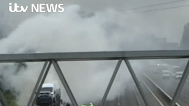 Lorry_fire_web