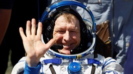 Tim Peake: Being back on Earth is like 'world's worst hangover'