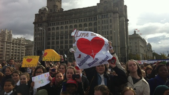 1,631 people gathered at Liverpool's Pier Head to join in
