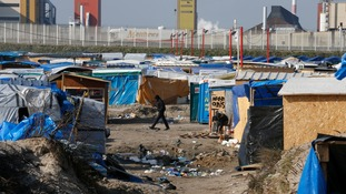 Calais aid convoy prevented from entering France