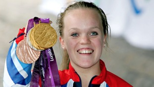 Open top bus parade welcomes Ellie Simmonds home
