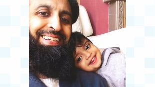 Police want to trace dad and missing toddler