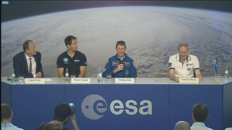 Tim_Peake_-_body_adaptation