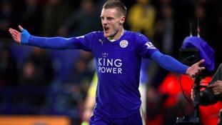 Jamie Vardy sticks with Leicester