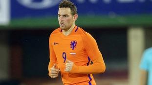 Spurs consider making improved offer for Dutch striker