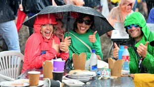 Kate explains why rain could spoil your weekend