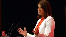 Gloria de Piero resigns from shadow cabinet