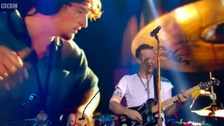 Coldplay pay tribute to Viola Beach at Glastonbury