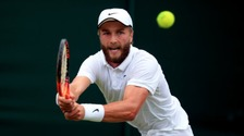 Stockport's Liam Broady to face Andy Murray at Wimbledom