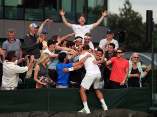 Willis came through six rounds of qualifying to play at SW19 and earns £50,000 for his triumph.