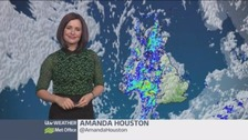 Rain spreading to the east of the UK