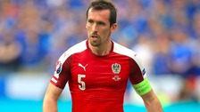 Leicester defender Fuchs quits internationals