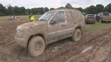 Airport parking: 1,000 cars left unattended in muddy field