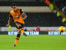 Huddlestone has signed a new two-year deal