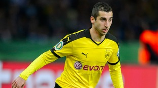 Manchester United will sign Henrikh Mkhitaryan from Borussia Dortmund, the German club have announced.