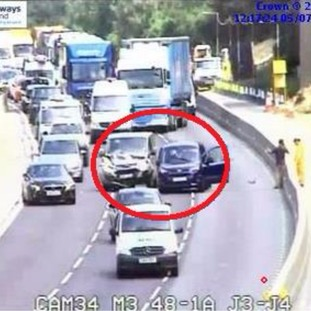 Crash has closed M3 southbound in Surrey