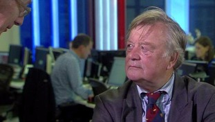 Ken Clarke filmed ridiculing Tory candidates in off-air chat with Sir Malcolm Rifkind