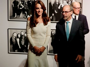 The Duchess of Cambridge and Art Fund director Stephen Deuchar.