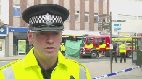 Bus_crash_police_web