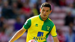 Graham Dorrans has signed a new contract at Norwich City.
