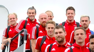 Wales team arrive back home to a heroes' welcome