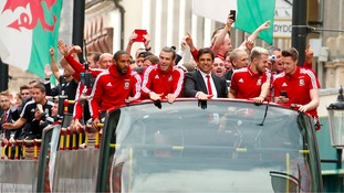 Cardiff gives heroes' welcome to Wales Euro 2016 stars