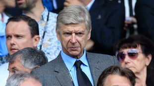 Wenger refuses to rule out England job