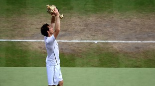 Andy Murray wins second Wimbledon title