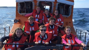 Whitby RNLI rescues adults and children from pleasure boat