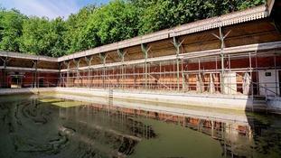 Kings Meadow Baths in Reading