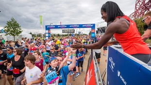 Christine Ohuruogu kicks off Great Newham London Run.