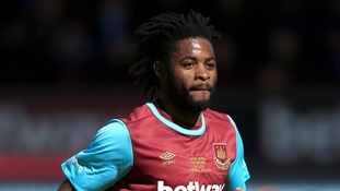 Alex Song is off to Russia