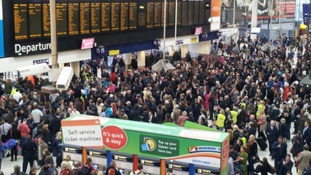 London rail travel disruption