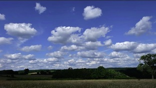 Simon's Blog- Clouds That Look Like Other Things