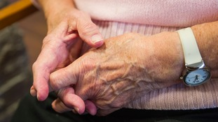 How many people in the Midlands have dementia?
