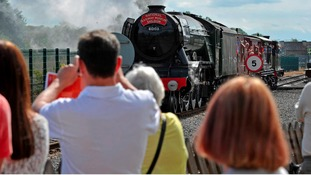Thousands flock to see the Flying Scotsman