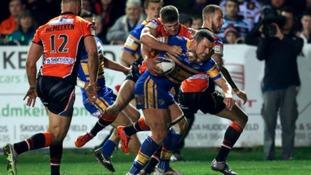 Brett Ferres agrees new deal with Leeds Rhinos