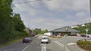 Cymmer Road