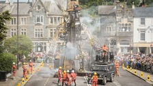 'Get here early' advice for Man Engine in Truro