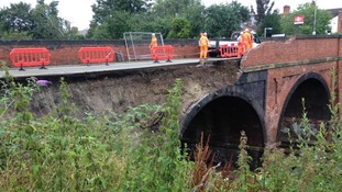Bridge collapse on main rail link between East Midlands and London