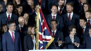 Murray fumbled the flag at the photo call