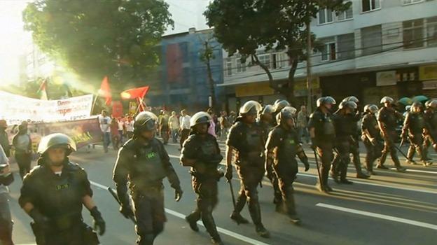 Rio_protests_late